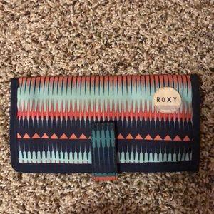 NWOT Roxy wallet 💗